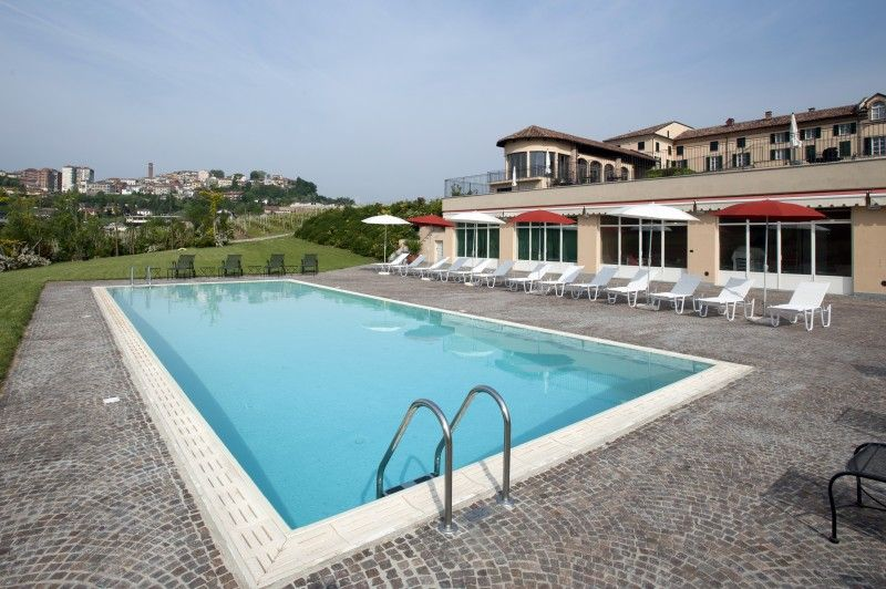 Hotel con piscina in piemonte a moncalvo - Hotel a pejo con piscina ...